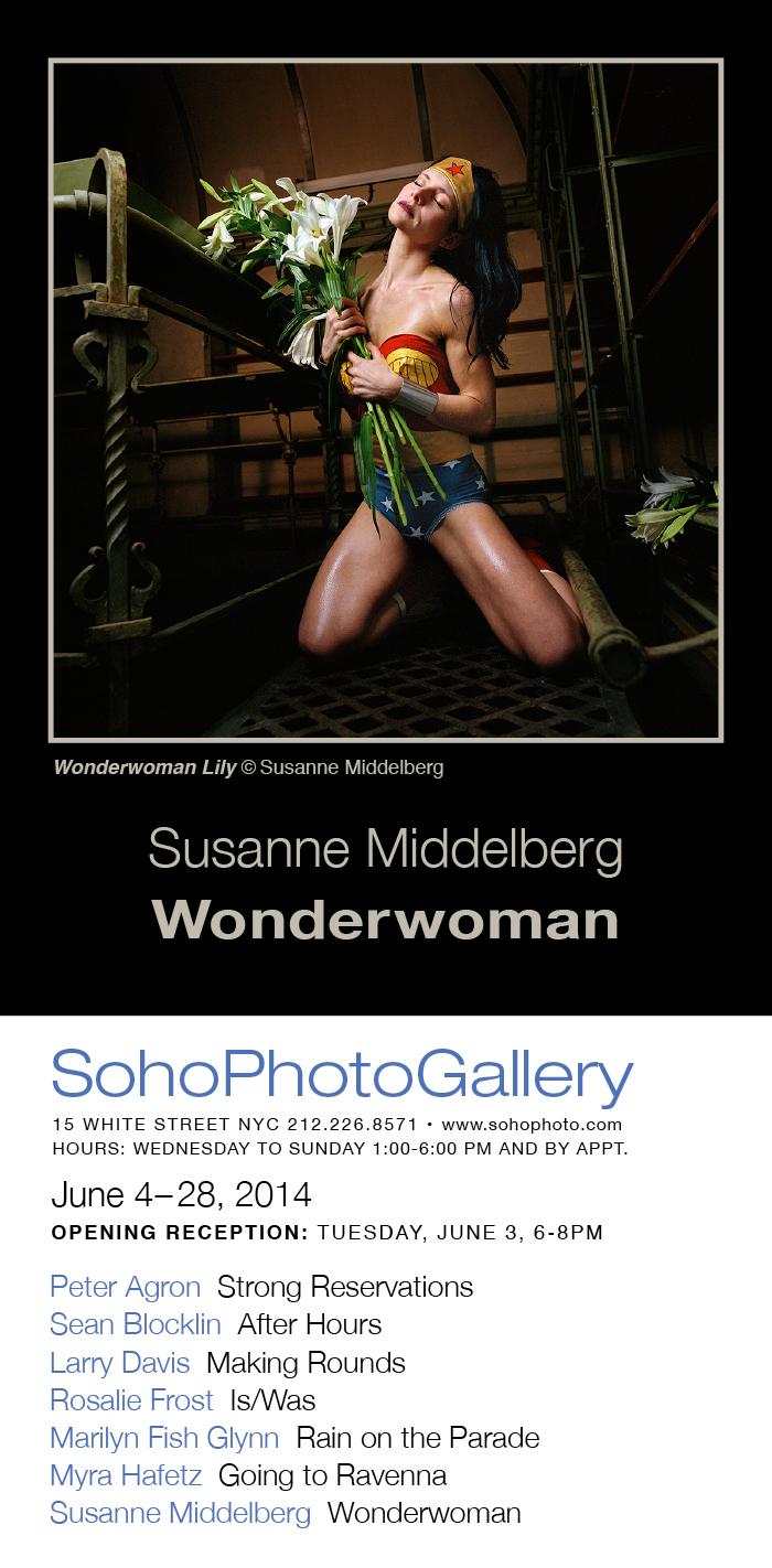wonderwoman _Soho PhotoGallery New York_ Susanne Middelberg _meubelstoffeerderij Dennis van der Burch