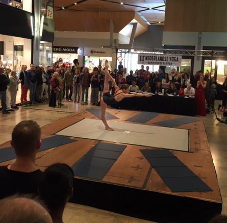 Nederlands kampioen yoga 2015